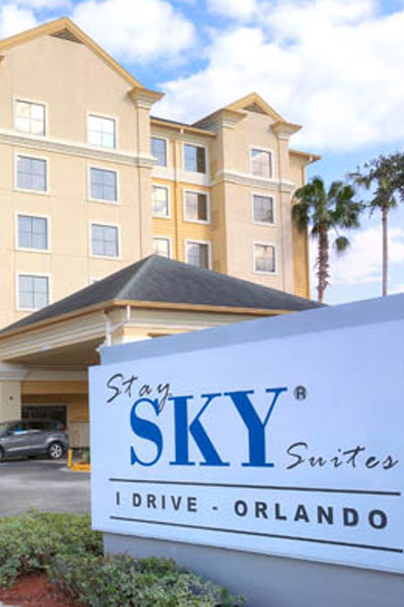 4 Days / 3 Nights - Stay Sky Suite I - Drive Orlando